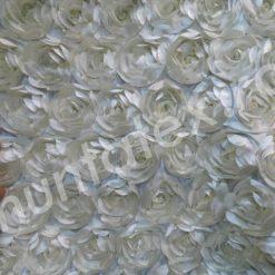 Satin cu trandafiri