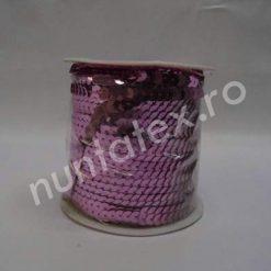 Banda de paiete colorate