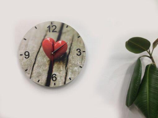 Ceasuri decorative de perete