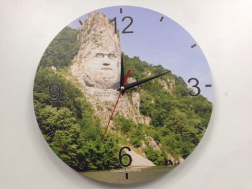 Ceasuri din lemn de perete