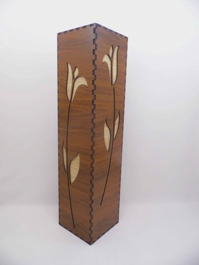 Vaza decorativa din lemn