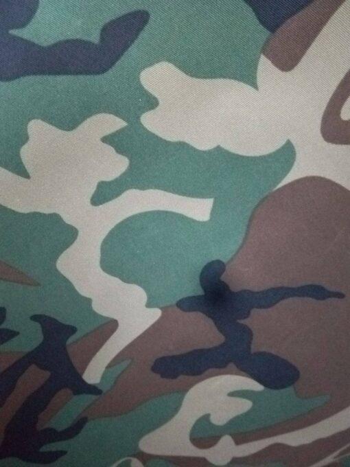 Material camuflaj