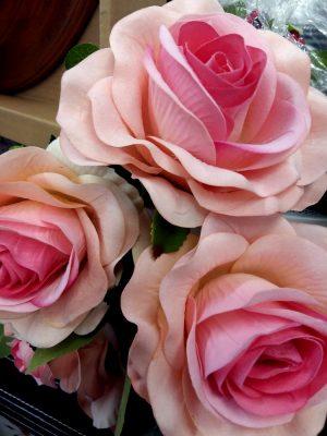 Trandafiri artificiali nunta ieftini