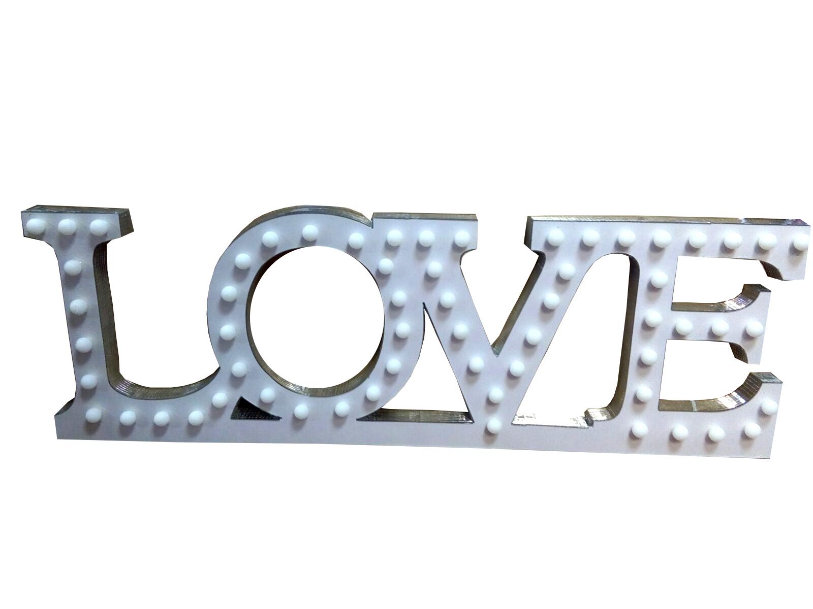 decor cu lumini Love