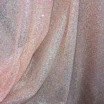 Tiul cu sclipici pentru rochii