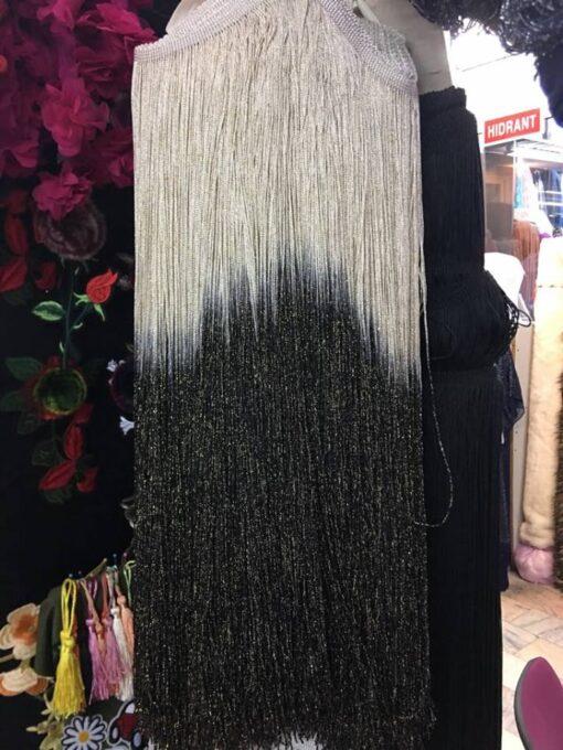 Franjuri lungi pentru rochii