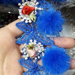 Banda flori cu puf