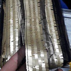 Banda lata paiete aurii