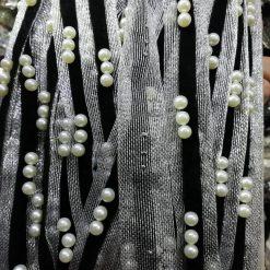 Banda cu perle si catifea
