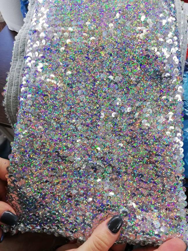 Banda cu paiete multicolore