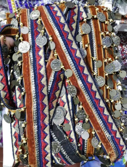 Banda textila pentru haine
