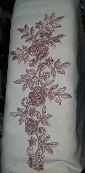 Aplicatie floare roz prafuit