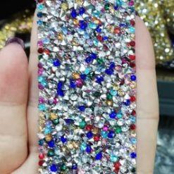 Aplicatie pietre rochii ieftina