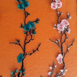 Aplicatie haine crengute flori