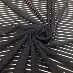 Tesatura imprimata rochii