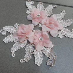 Aplicatie floare de cusut