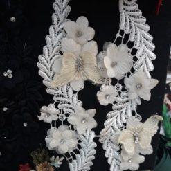 Floare brodata online