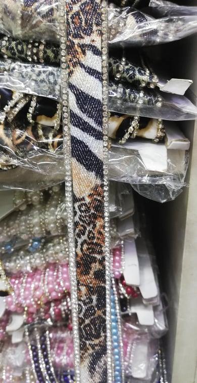 Banda de aplicat rochii