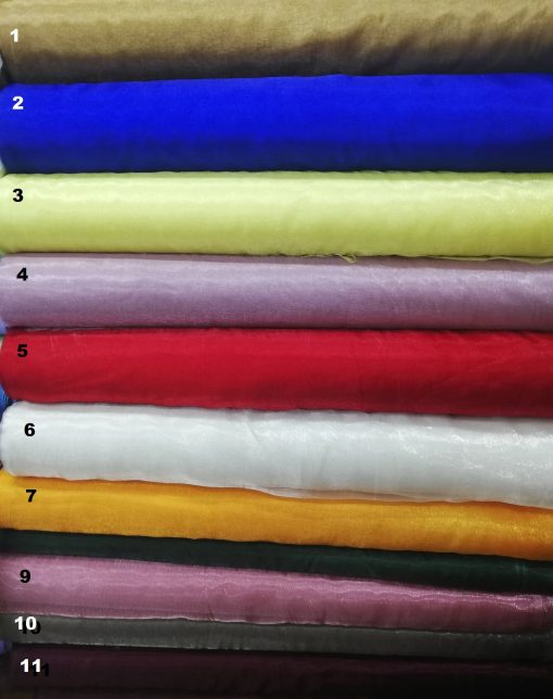 Material organza pentru rochii
