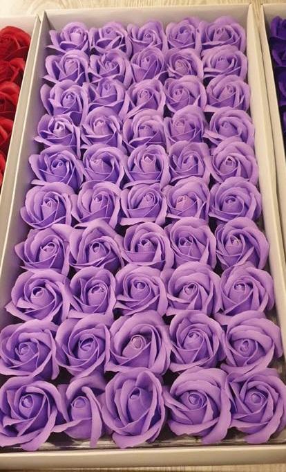 Flori din sapun lila