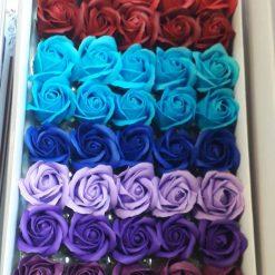 Flori din sapun colorate