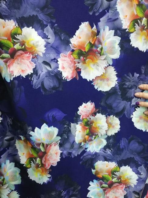 Stofa elastica pentru rochii