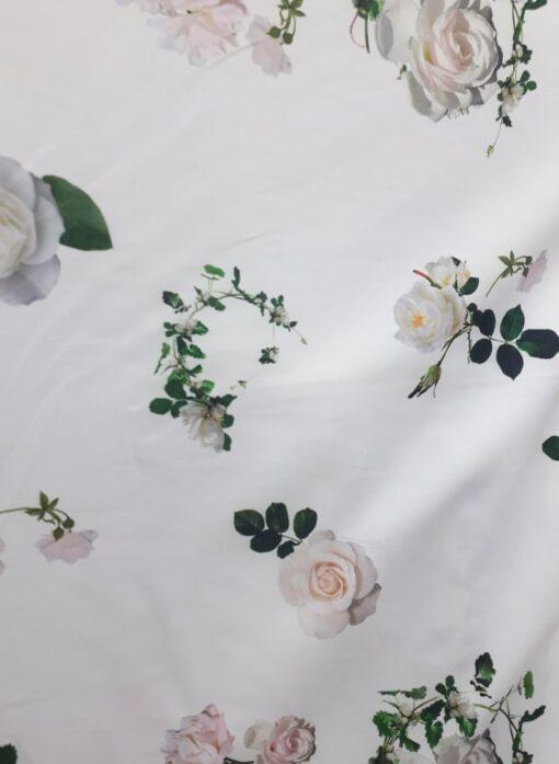 Stofa elastica cu flori