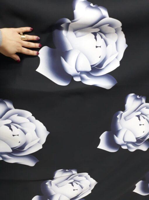 Tafta cu flori pret