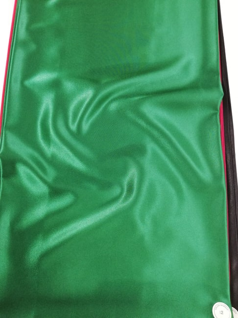 Satin verde elastic